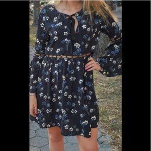 Ella Moss Adara dress with peekaboo waist. Size L.